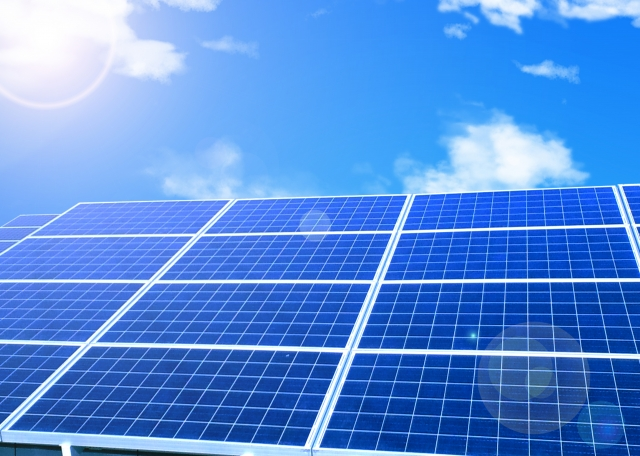 太陽光発電の反射光のトラブル防止